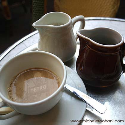 cafe_metro_paris_coffee_cream