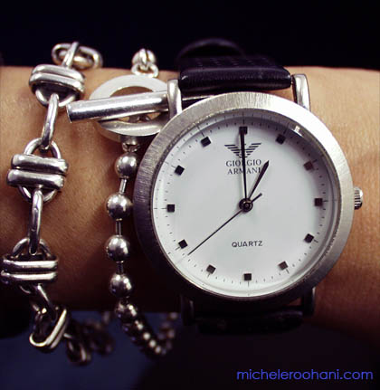 watch_armani_bracelet_time