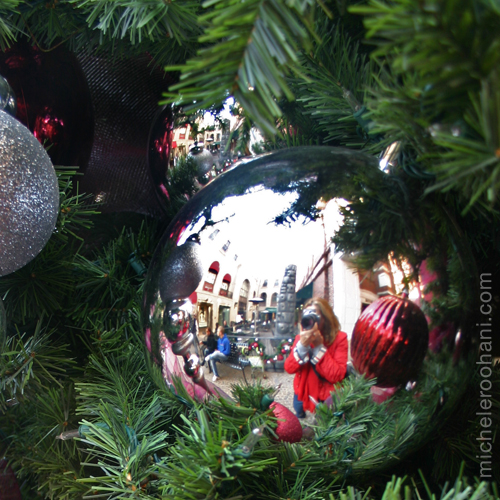 via rodeo christmas ornament 2008/2009 michele roohani reflection