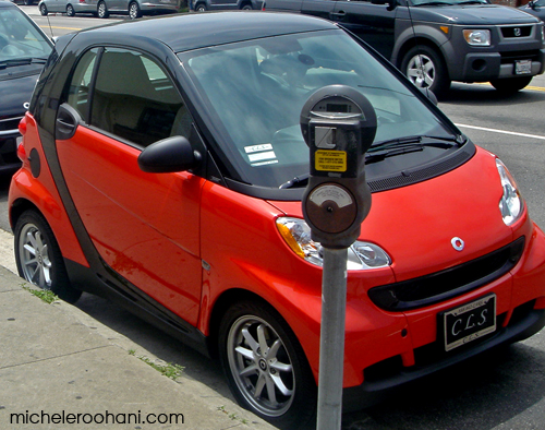 red smart car merecedes michele roohani