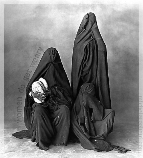 1971 irving penn rissani women micheleroohani oppression body bag