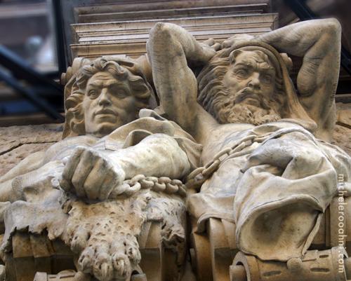 budapest telamones statues michele roohani