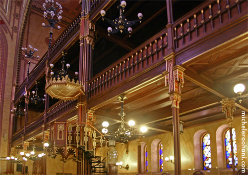 dohany synagogue budapest pulpit michele roohani