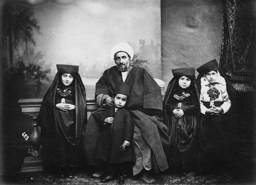 photoquai iranian photography family Antoni Sevruguin michele roohani