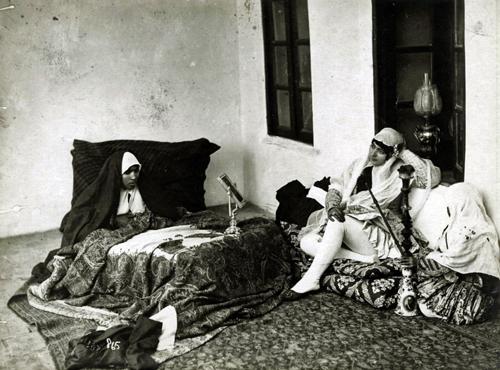 photoquai iranian qajar women Antoni Sevruguin michele roohani